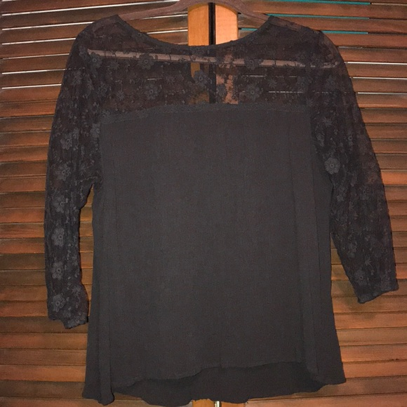 Maurices Tops - ☀️SALE☀️Black blouse with sheer lace